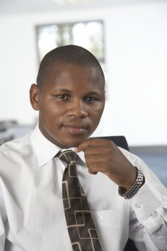 MR MZOXOLO WELEMVA (DIRECTOR)